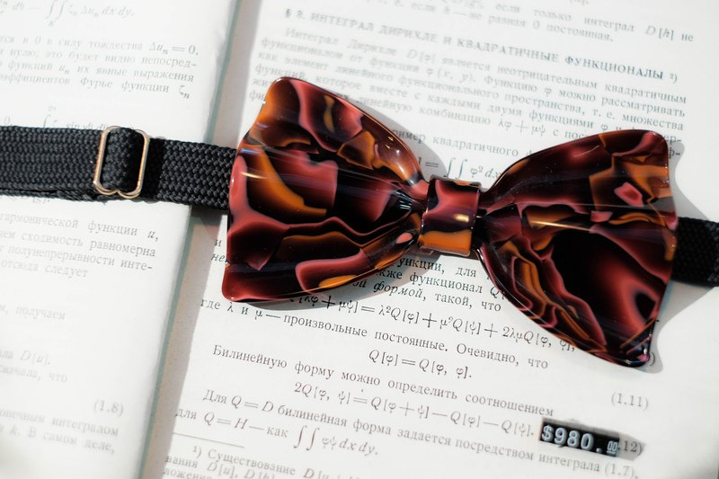 Mils Coil Red Acetate Hand Bowknot