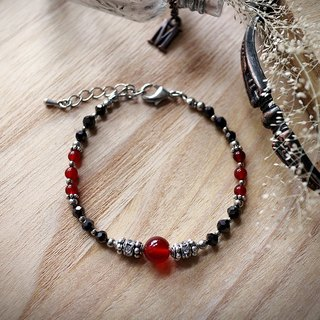 Muse Fashion Series NO.16 Mother's Day red onyx natural stone ornate silver bracelet