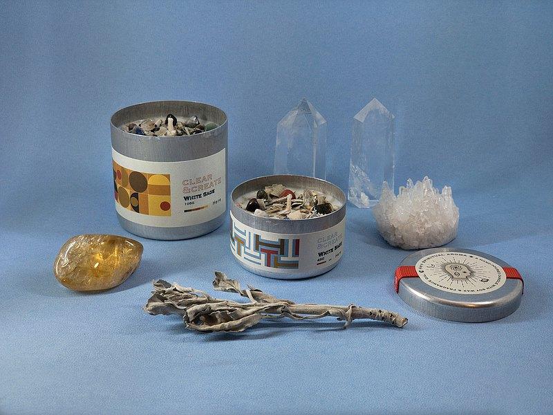 HERE 水晶花草能量香氛蠟燭 白鼠尾草
