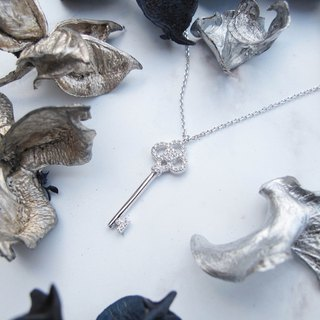 Bigman Taipa [exclusive selection] gorgeous × fashion X key sterling silver necklace