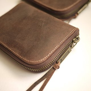 Oil wax color leather. Classic short wallet wallet purse