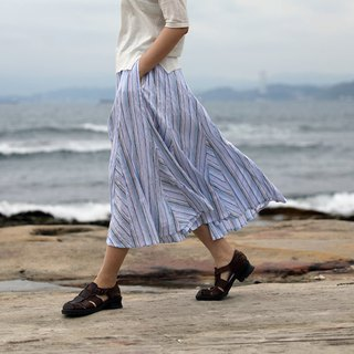 [ throwing cloth for the summer of clothing froth] blue and white striped texture cotton mosaic skirt