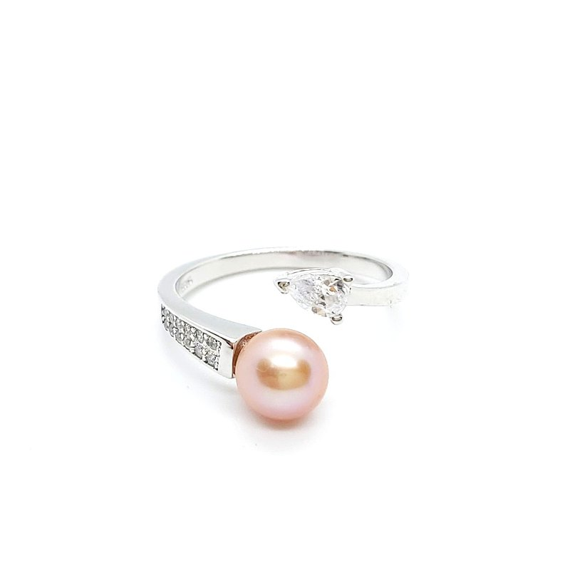 Asymmetric Zircon Design Freshwater Pearl Sterling Silver Ring