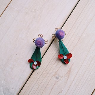 |Small Wild Flower | Dry Flower Ear Pin
