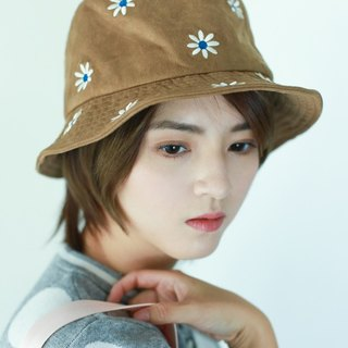 MR.STORE peach flower embroidery khaki hat