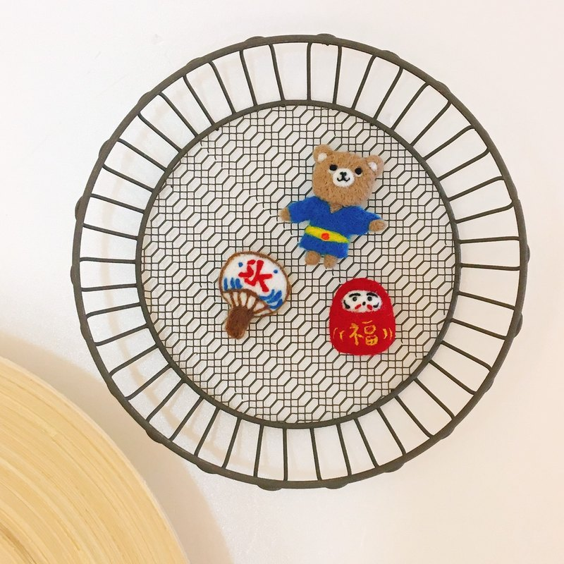 Wool felt three-piece yukata bear / Fushen / fan pin magnet