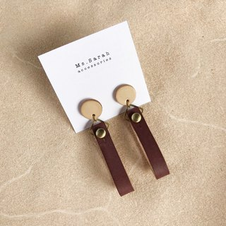 Leather earrings _ ear pin _ round ribbon 1 work _ original leather berry (can be changed)
