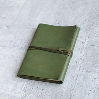 A5 size Green handmade refillable leather journal notebook/ Book Cover