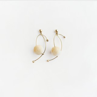 謾舞耳環 (beige) - Dancing Earrings (beige)