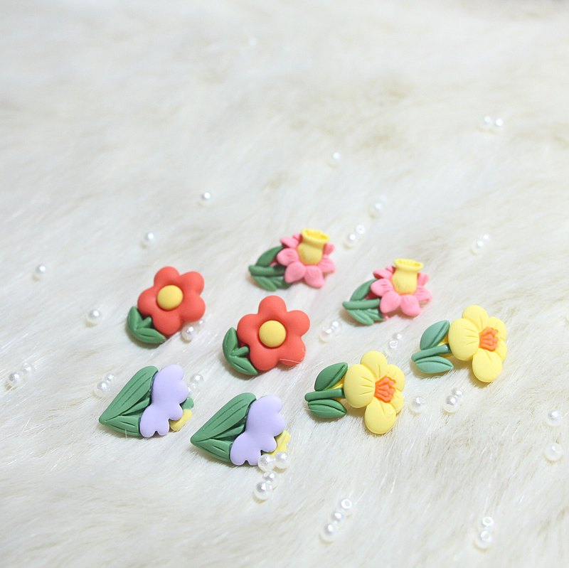 [Shop No. 7 on Seventh Street] Original colorful summer small fresh mini flower earrings/ear clips