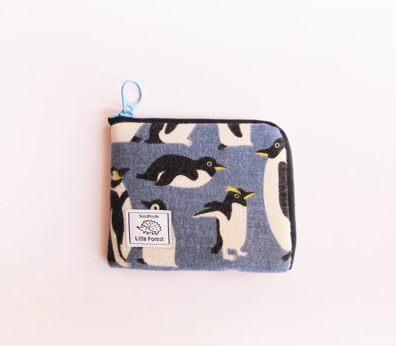 Winter limited offer implementation ticket card purse <Little Penguin>