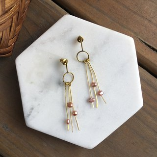 Pearl brass earrings pin ear clips / light rain