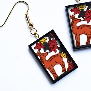 "Hanafuda deer earring / earring (Japanese Playing Card Pierce / Earring ""Wild Deer"")"