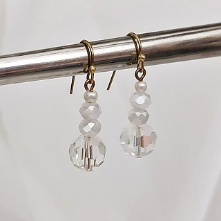 // Brass Imitation Pearl Earrings // ve163