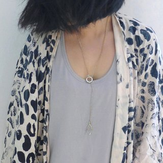 Lucky bone Y word necklace