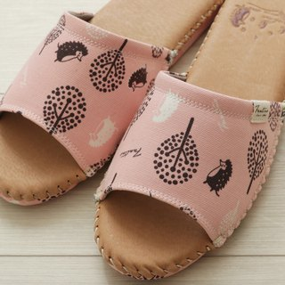Leather cloth flower indoor slippers (jungle peekaboo) cherry powder