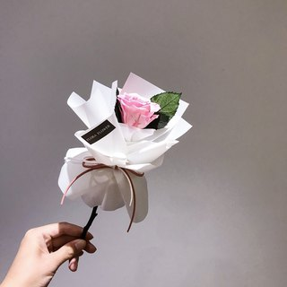An Everlasting Rose Bouquet / Pink / Immortal Flower Bouquet / Wedding Bouquet / Valentine Bouquet