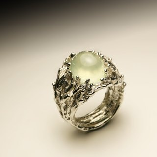Large grape stone branches silver ring