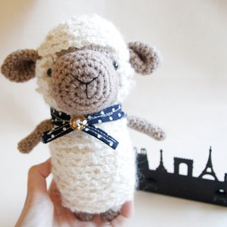 Amigurumi crochet doll: sheep + scarf