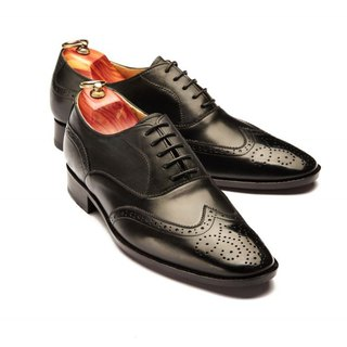 Lin Guoliang 3/4 Carved Sabre Wings Oxford Shoes Classic Black