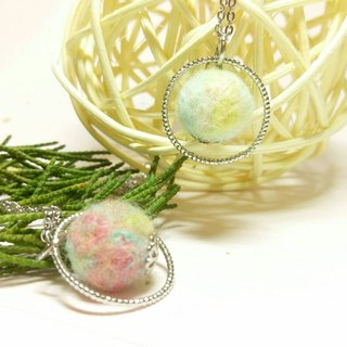[Planet Series] Handmade Felt Necklace - Cotton Candy