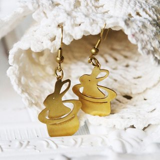 Graphic Rabbit in Hat Earring / Brass Earring / Everyday Jewelry / Linen Jewelry / Brass Jewelry