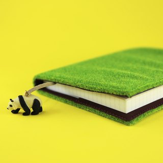 Shibaful Panda Note Book A6 (book cover with A6 notebook) / Lawn Cover Panda Pendant Notebook