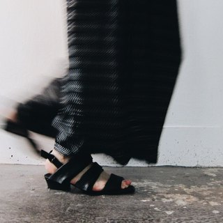 ZOODY / Sedimentary / handmade shoes / strap flat sandals / black
