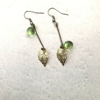 "Earrings ● Leaf dew stick ""limited"""