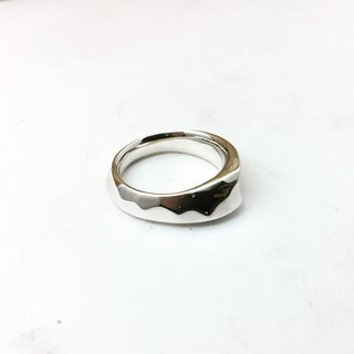 With round - pure silver version of the ring