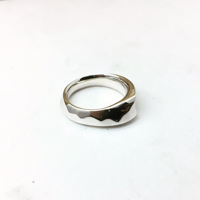 With the circle-sterling silver wide ring