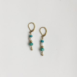 Budapest simple brass natural stone modeling earrings