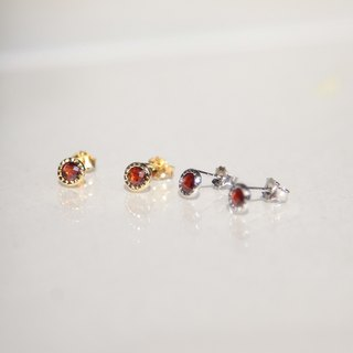 Garnet small round sterling silver needle earrings (K gold / can be clipped)