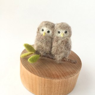 Ezo owl chicks brooch