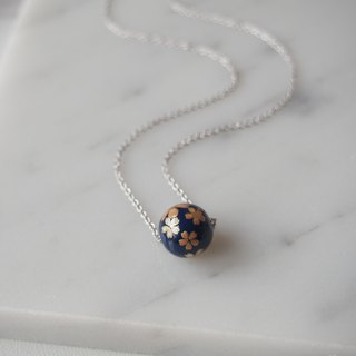 Gift, exquisite Japanese style, hot cherry blossom dark blue ball, rhodium-plated copper chain necklace