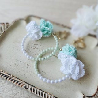 Hand-knitted lace flower and pearl ring Earrings