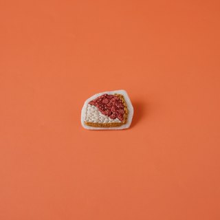 Strawberry Cheese Cake Brooch