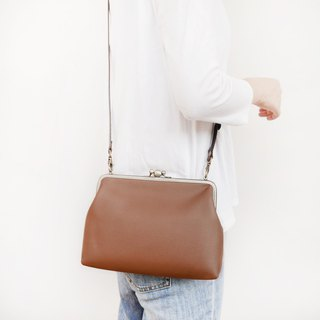 妃 妃 两 两 two large shoulder bag / mobile phone bag / mouth gold bag [made in Taiwan]