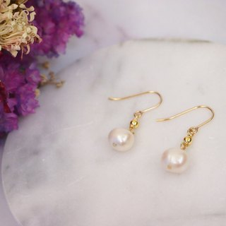 Anniewhere | Just Right | Classic Pearl Earrings (Chooseable)