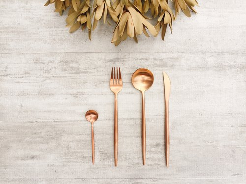 Stainless steel cutlery set / four pieces (Rose gold)
