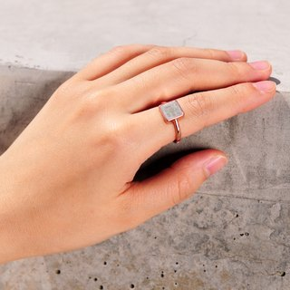 Grey Concrete Square Ring (Silver/Rose Gold) | Geometric Series