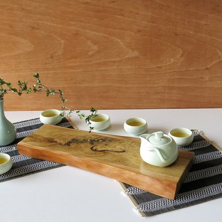 """HO MOOD luminous series - hand and natural edge pot"""
