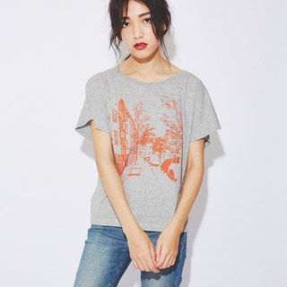 Somewhere in Berlin T-shirt (Dolman sleeve - Gray)