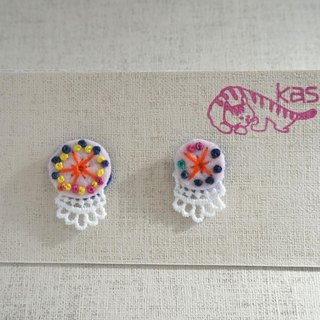 "Hand embroidery pierced earring""Spring color big,small 2"""