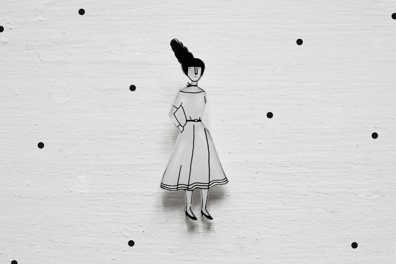 Miss Hairy Collection / Black and White Brooch / 002