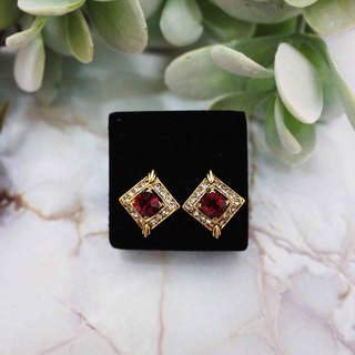 Paris classical elegant square earrings (red)