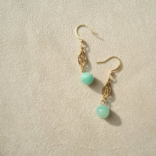 Hale under / natural stone brass earrings