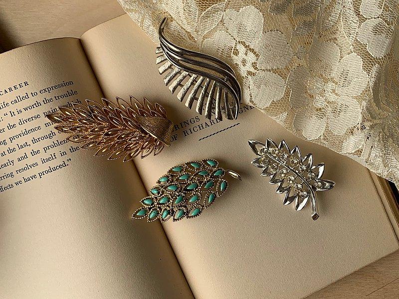 Vintage胸針 / 葉形及羽毛