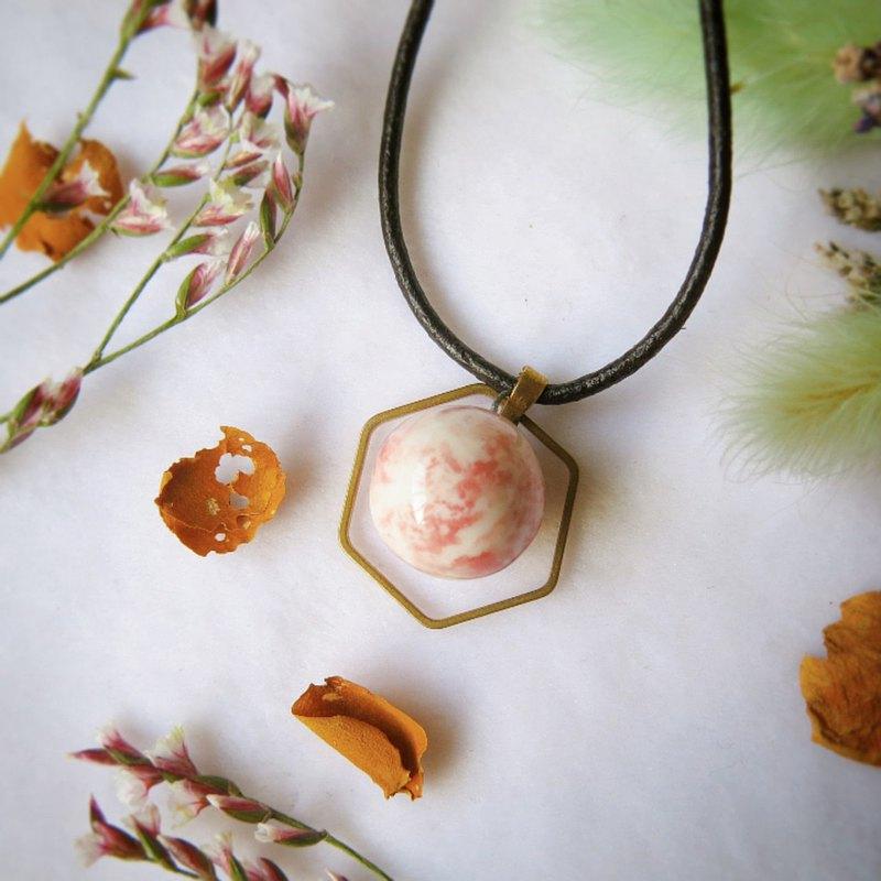 斑紋粉釉 六角銅環 手作白瓷 香水精油項鍊 擴香