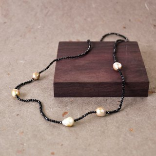 Handmade Baroque Pearl with Black Spinel Beads Long Necklace
